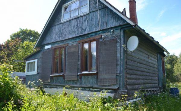Деревянный дом в д. Темниково Волоколамского района